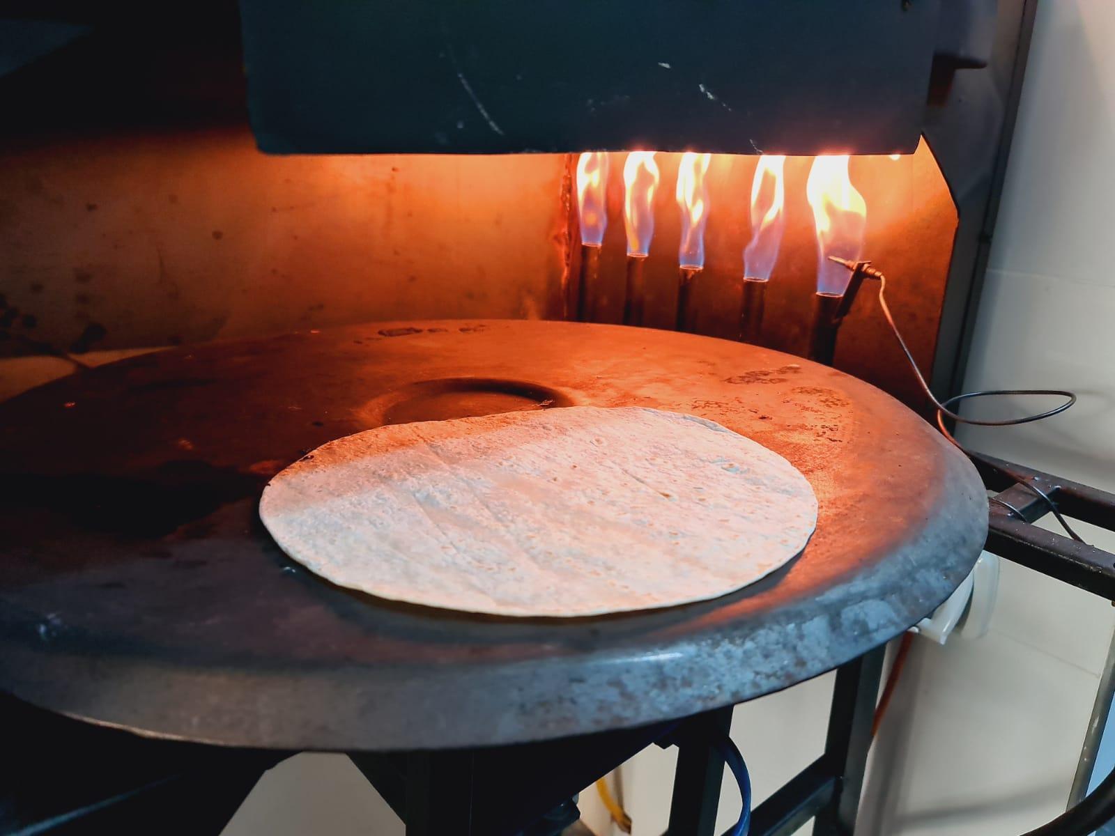 فيديو: هل تذوقتم الشاورما على الفحم؟ - متوفرة الآن لدى مطعم بالي باجيت بيافا
