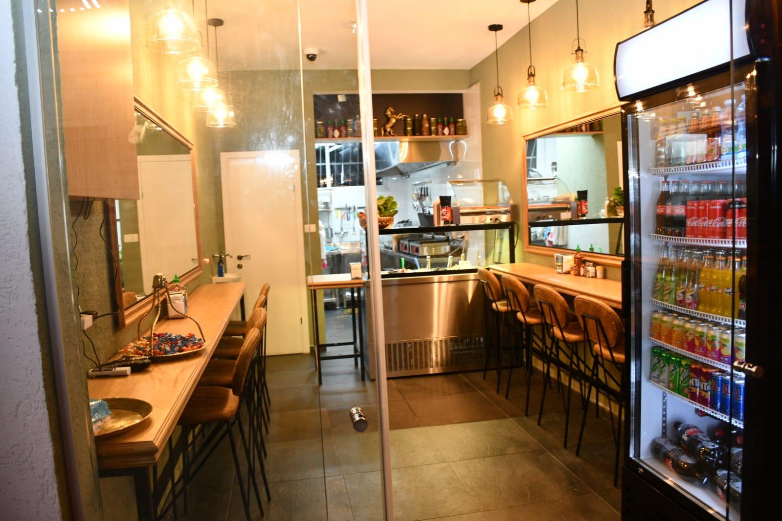 اليوم: افتتاح Star toast بيافا للوجبات السريعة والسندويشات