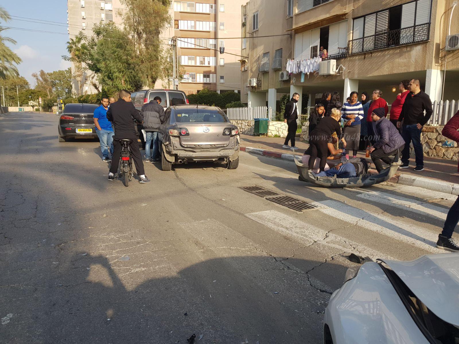 بالصور: اصابة 3 أشخاص بحادث طرق بين مركبتين في مدينة اللد