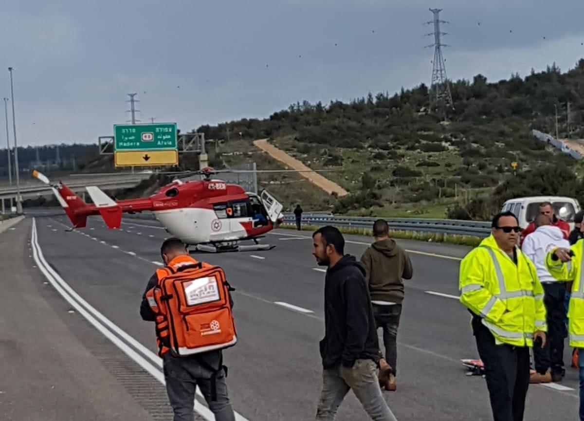 مصرع شاب وإصابة 8 آخرين بجراح متفاوتة بحادث طرق قرب وادي عارة