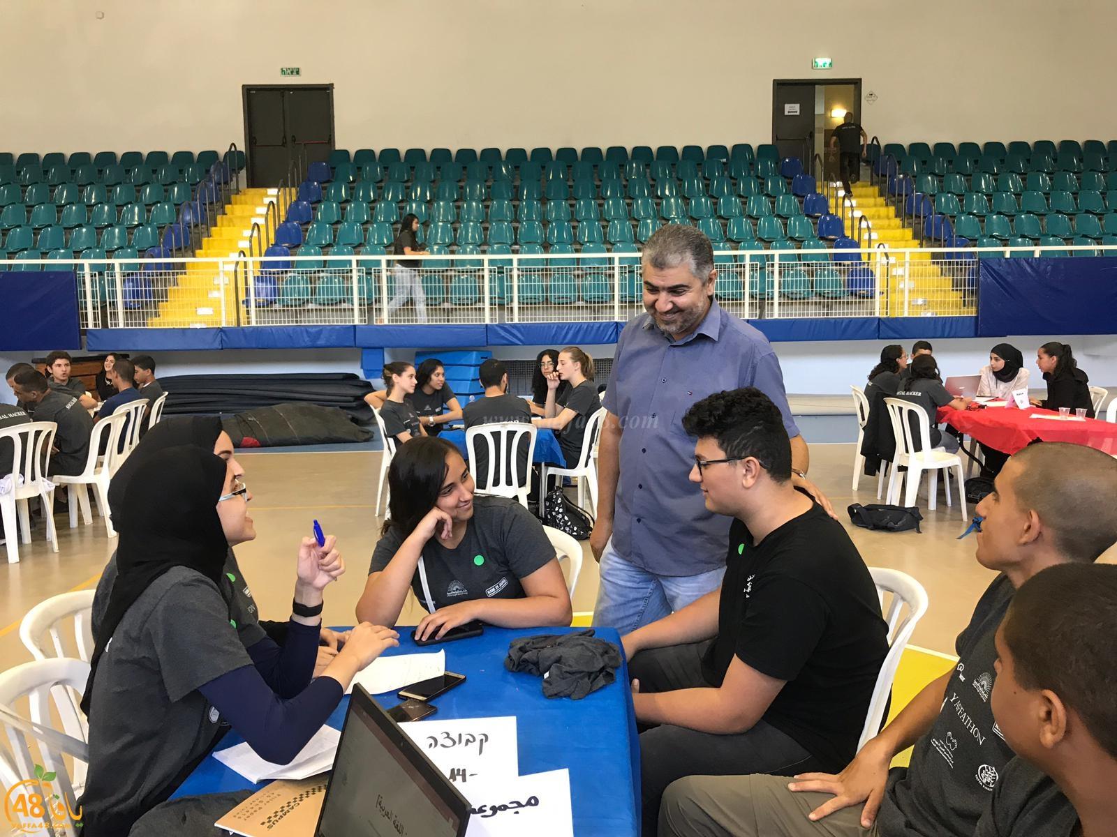 طلاب يافا الشاملة يفوزون بمسابقة الهاكتون في المبادرة والابداع