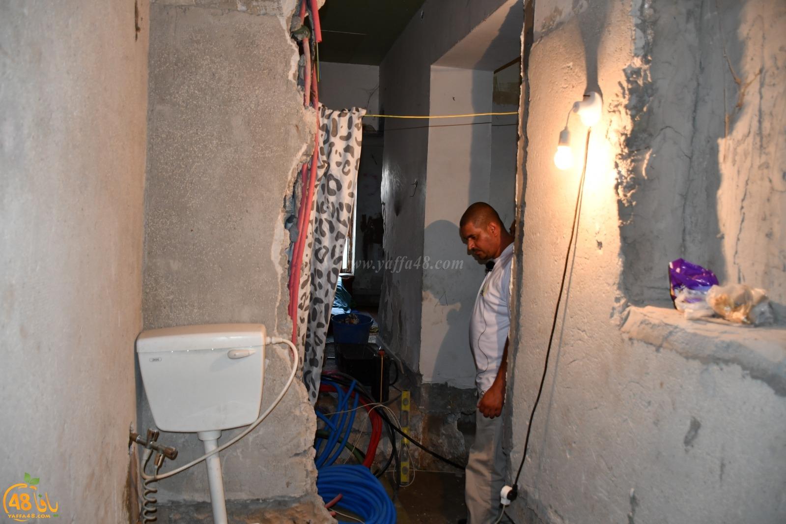 فيديو: جمعية يافا تُطلق نداء استغاثة لصيانة بيت عائلة فقيرة في حي العرقتنجي بيافا