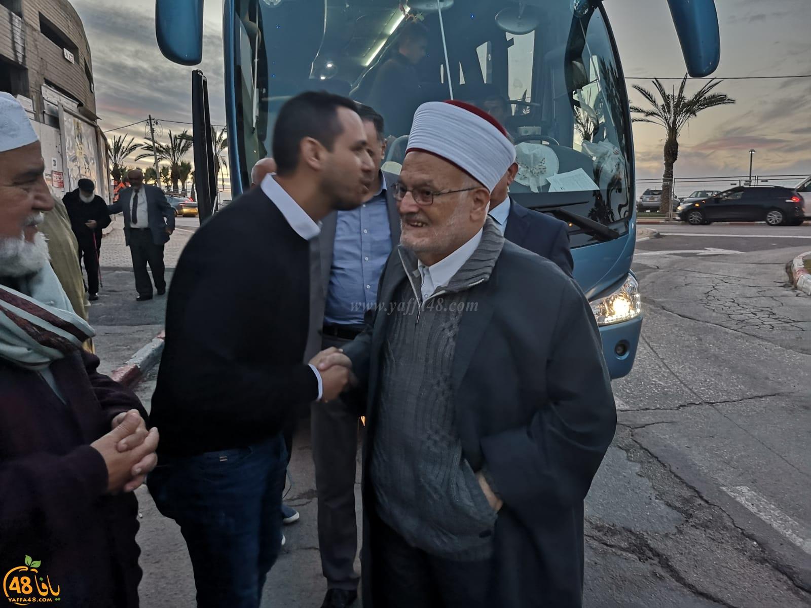 فيديو: وفد من القدس برئاسة الشيخ عكرمة صبري في زيارة لمقبرة الاسعاف بيافا