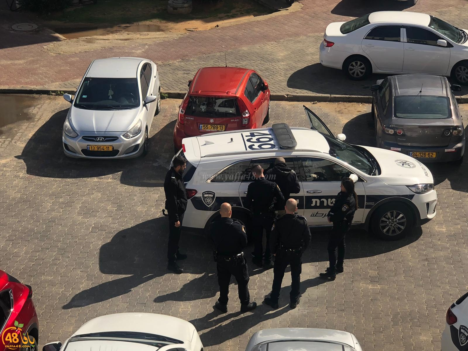 فيديو: اعتقال شاب بعد الاعتداء عليه في حي الجبلية بيافا