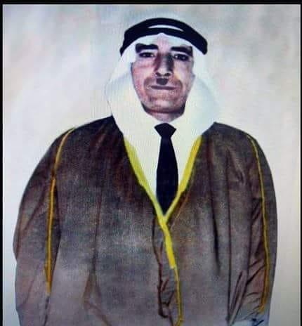 حكاية صورة لشرطي فلسطيني يُنظم حركة المرور في شارع يافا بالقدس عام 1934
