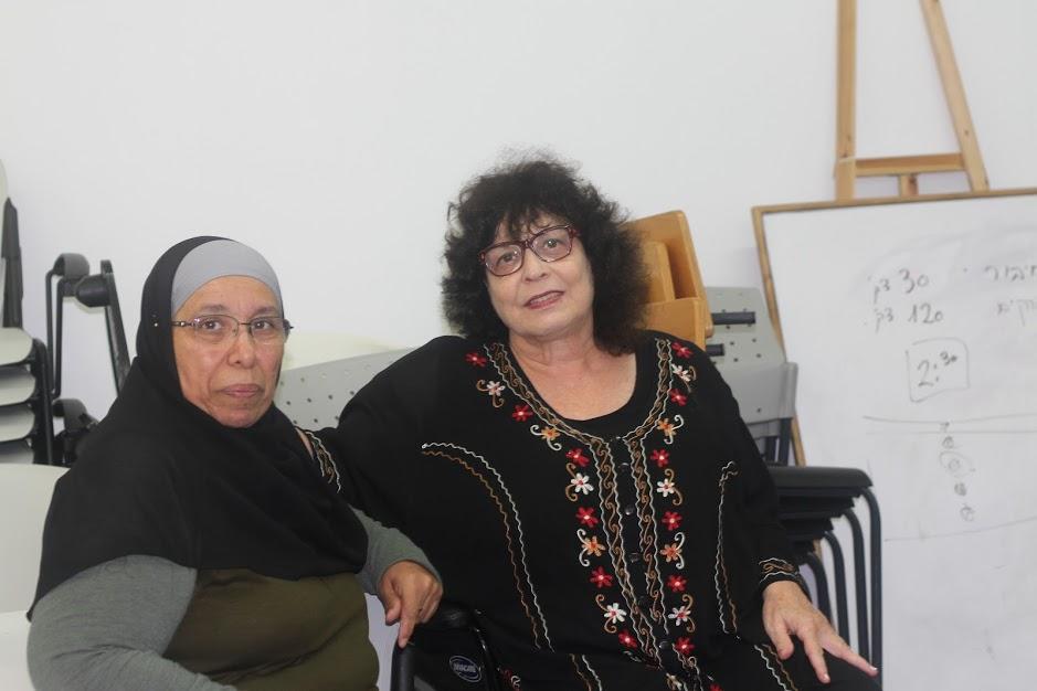 لقاء في مركز ييفت 83 لنساء مبادرات من مختلف المجالات