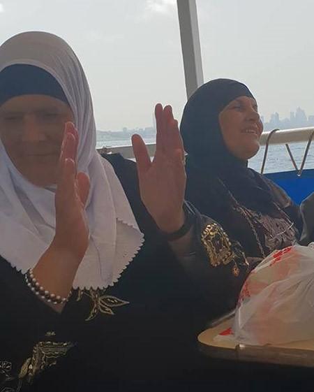 الجماهيري العربي شيكاغو باللد يحتفل بالمسنات بجولة بحرية بيافا