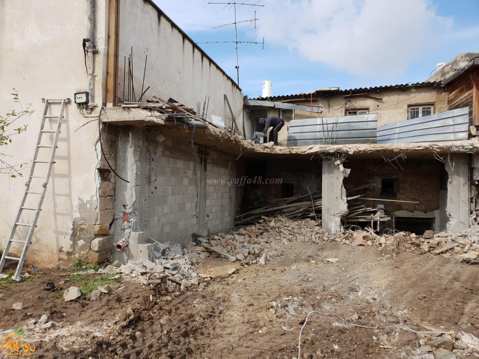 فيديو: هدم منزل قيد الانشاء لعائلة أبو هزاز بالرملة