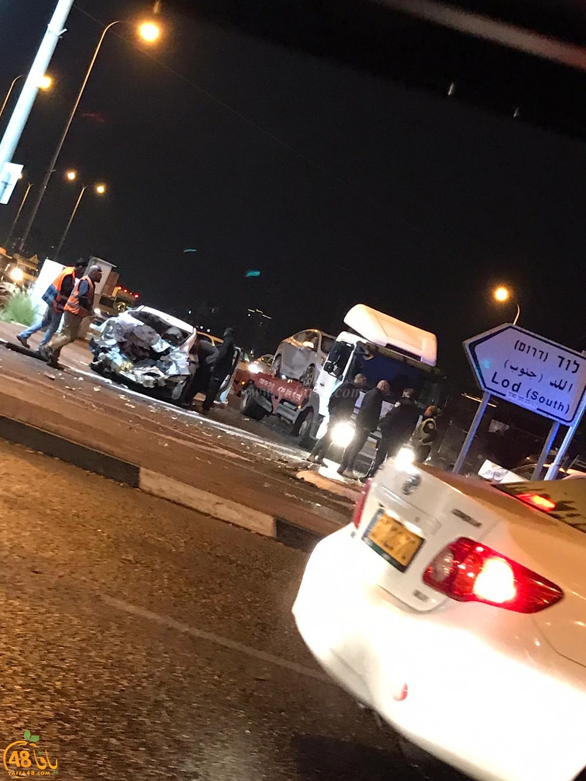 اصابات وأضرار بحادث طرق في مفرق احي سيمخ باللد