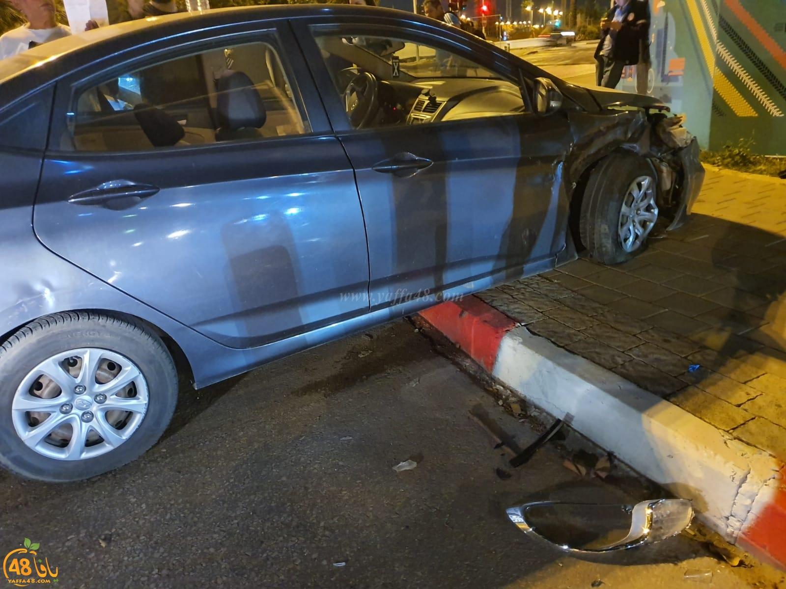 بالصور: حادث طرق بين مركبتين بيافا يُسفر عن اصابة طفيفة