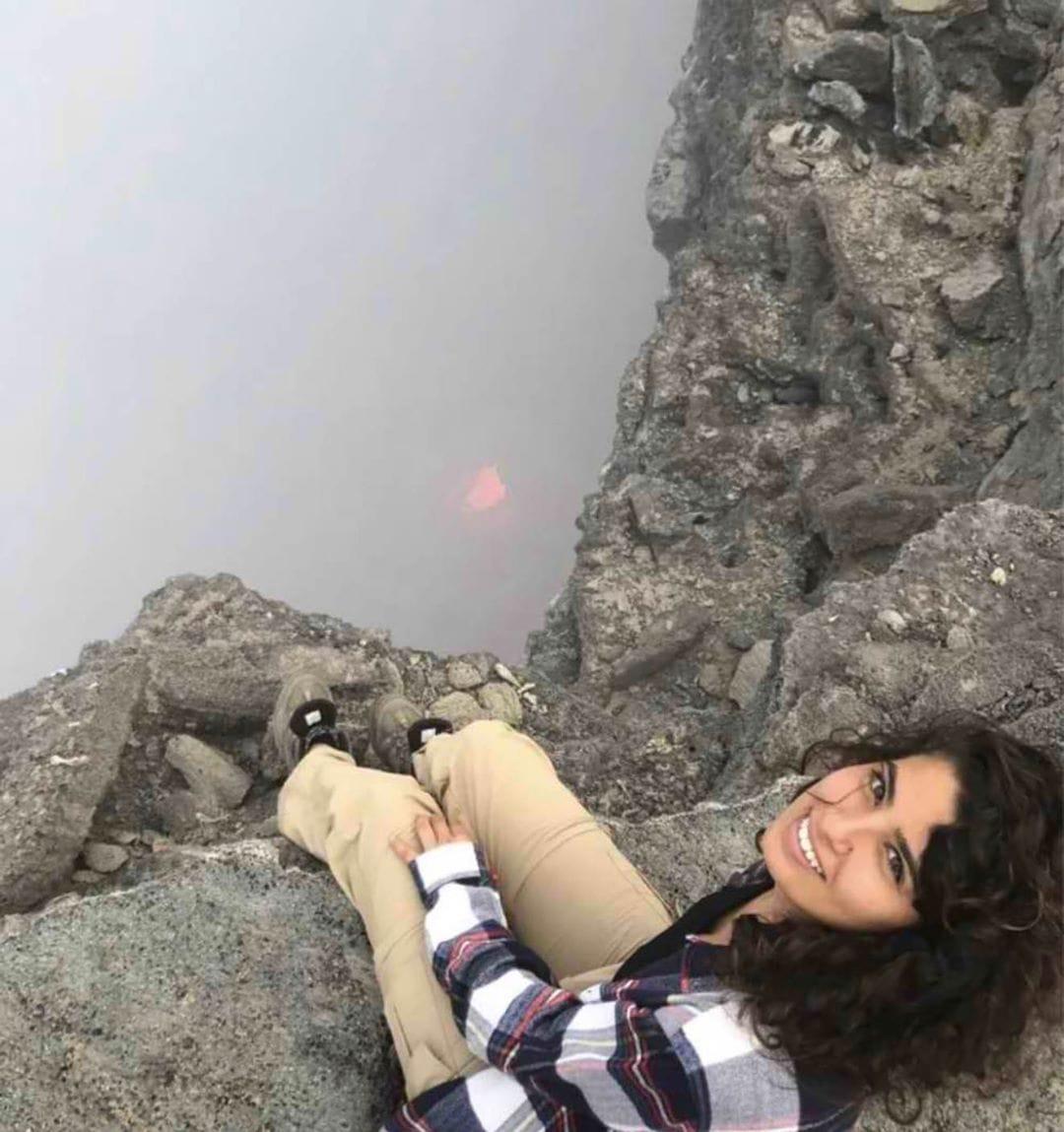العثور على جثة الطالبة آية نعامنة من عرّابة في صحارى أثيوبيا