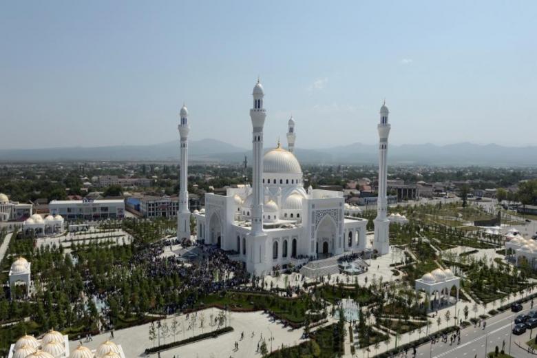 صور: فخر المسلمين.. الشيشان تفتتح أكبر مسجد في أوروبا