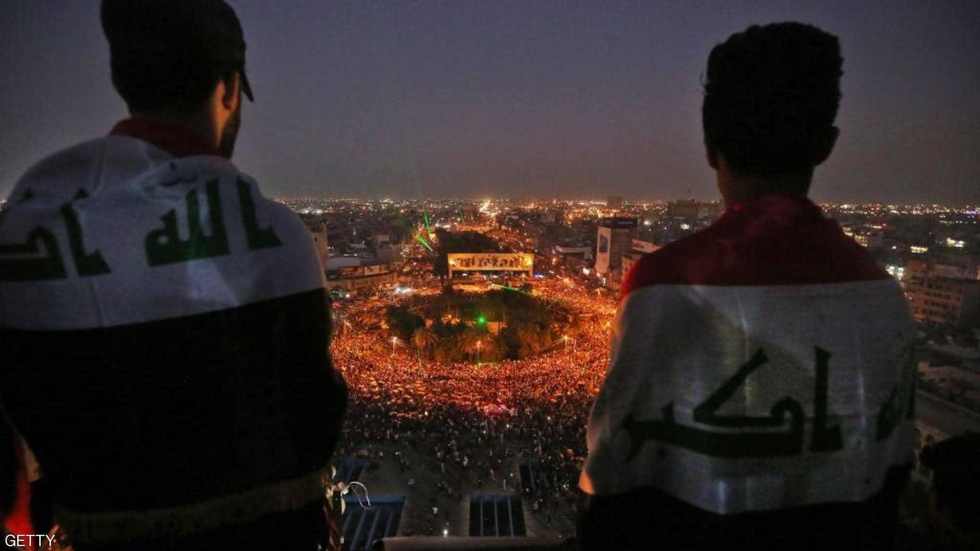 يوم دامٍ بالعراق.. 13 قتيلاً وعشرات الجرحى، ومظاهرات في 10 محافظات