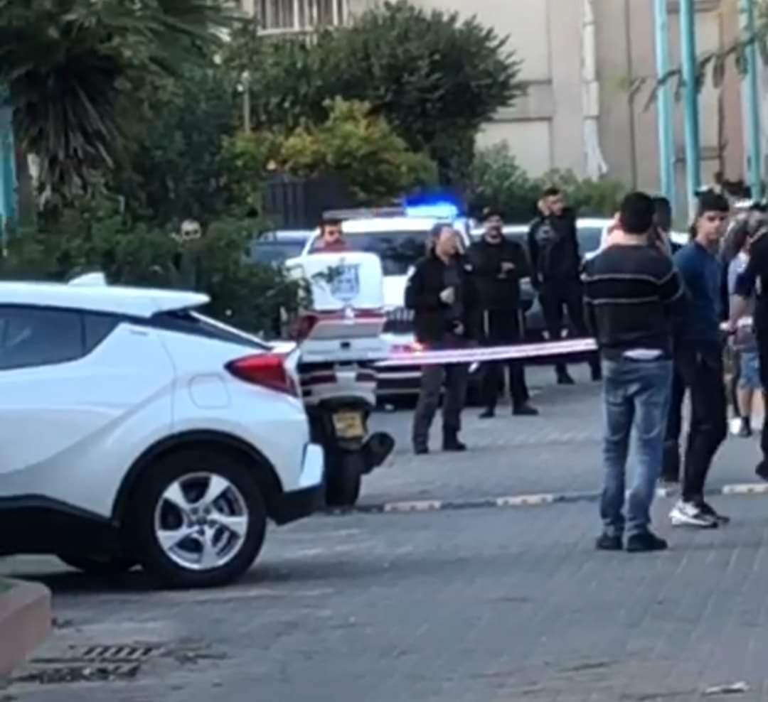 اللد: مصرع رجل 60 عاماً واصابة خطيرة لسيدة اثر اعتداء بالمدينة