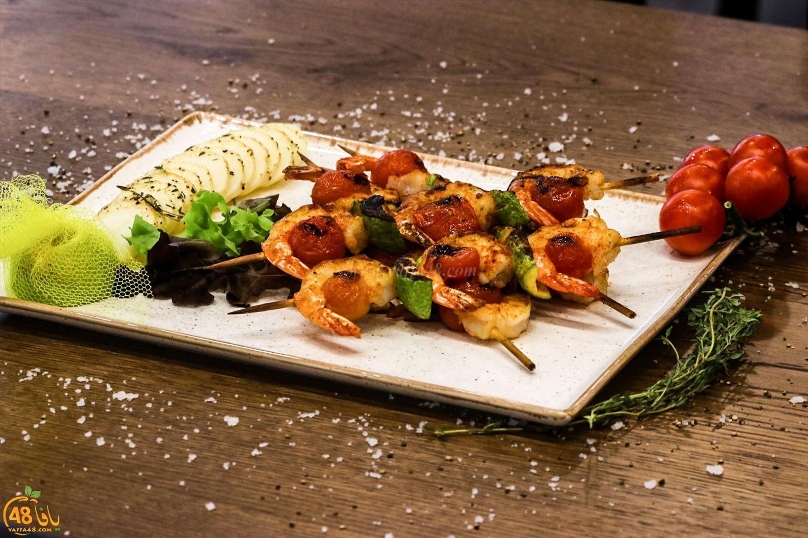 أشهى المأكولات البحرية في مطعم كافيار برام الله
