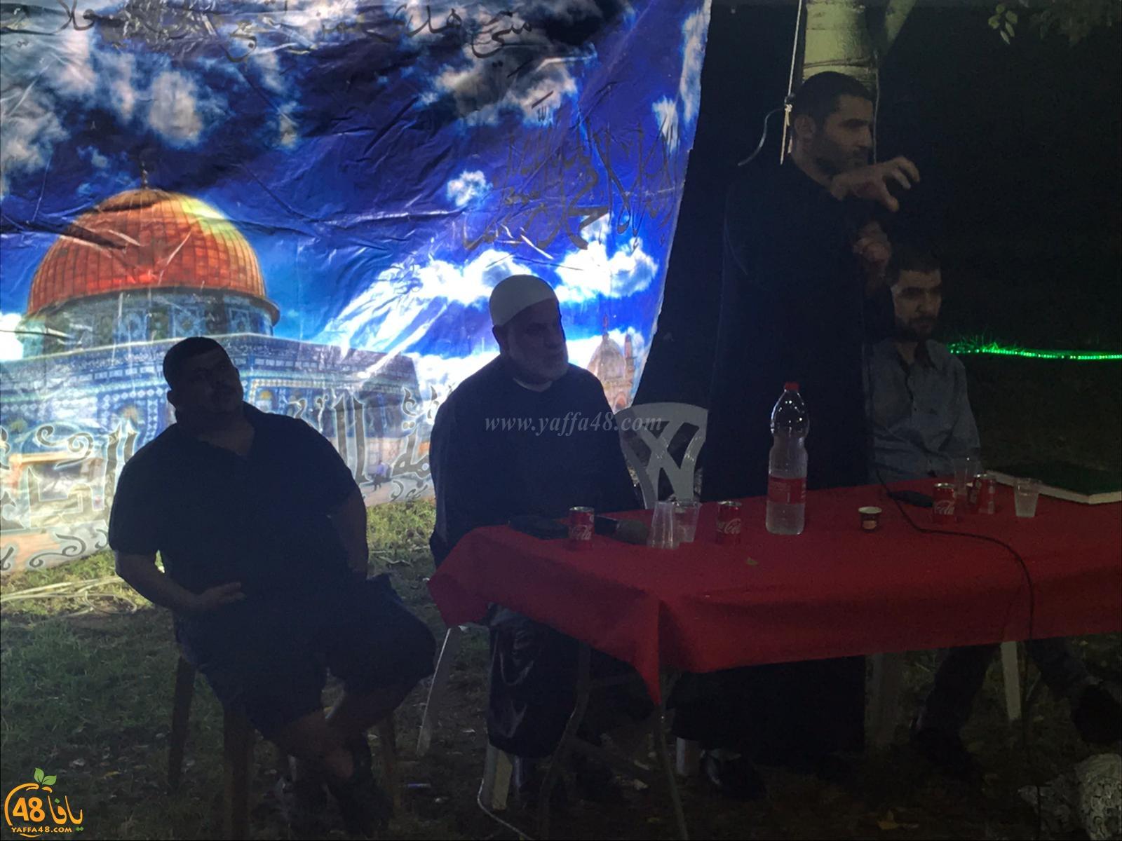 بالصور: خيمة الهدى تنظم أمسية دعوية في ضيافة عائلة نجدي بيافا