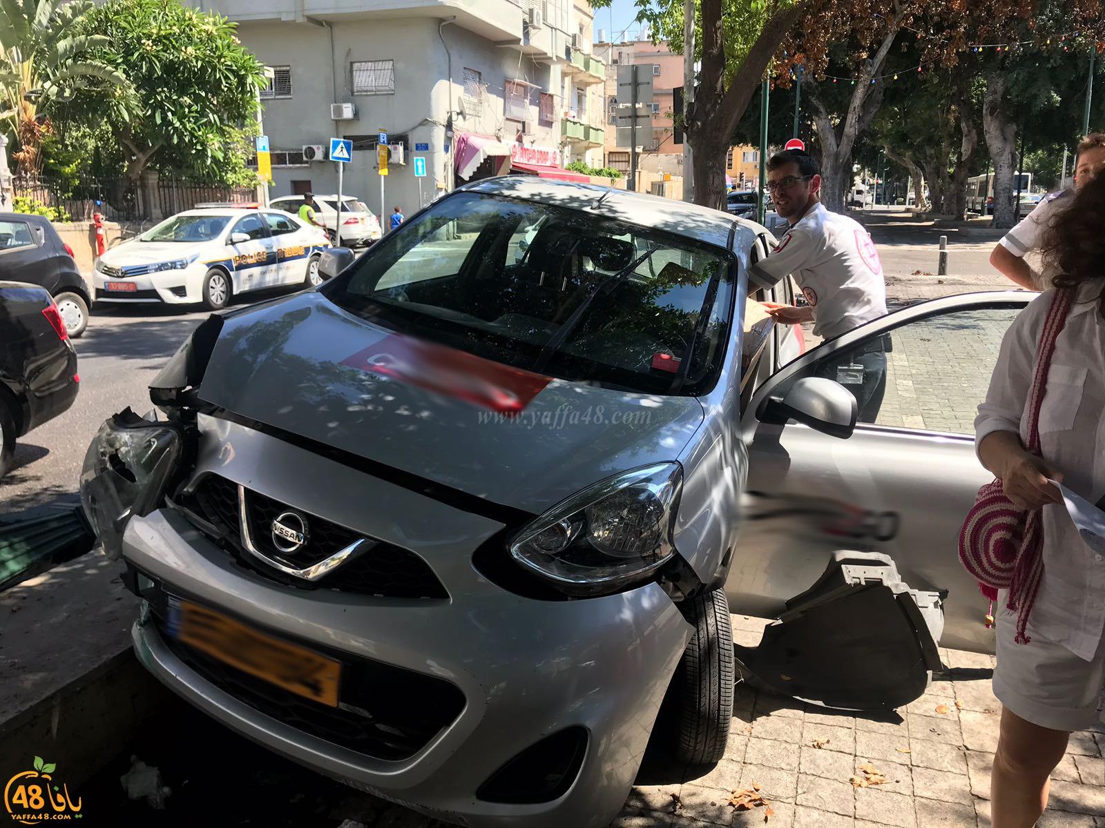 بالصور: حادث طرق ذاتي في مدينة يافا دون اصابات