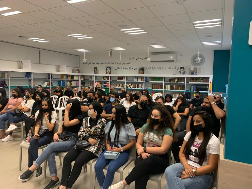 مدرسة يافا المستقبل توزع شهادات استحقاق البجروت بنسبة %90