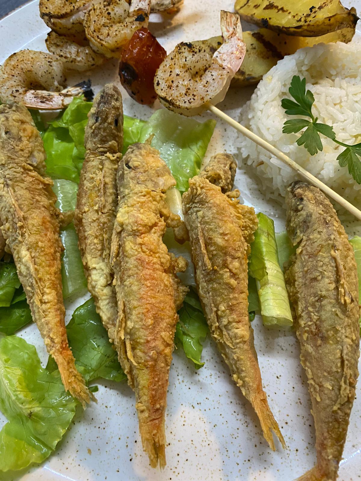 تصلك فوراً - اطلب وجبتك الآن من مطعم أفلوكا للوجبات والمأكولات البحرية
