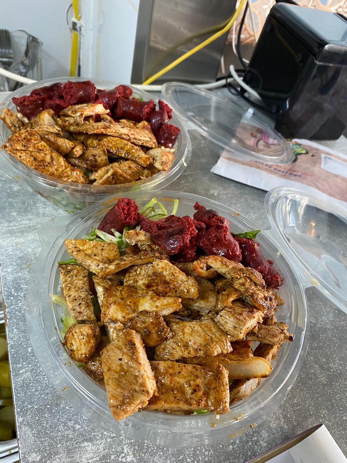 5 باجيت شنيتسل بـ100 شيكل فقط - أسعار مجنونة لدى مطعم حمص يافا