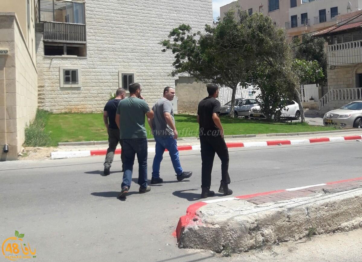 يافا: اعتقال السيد عيسى خيمل عضو لجنة اكرام الميت من بيته