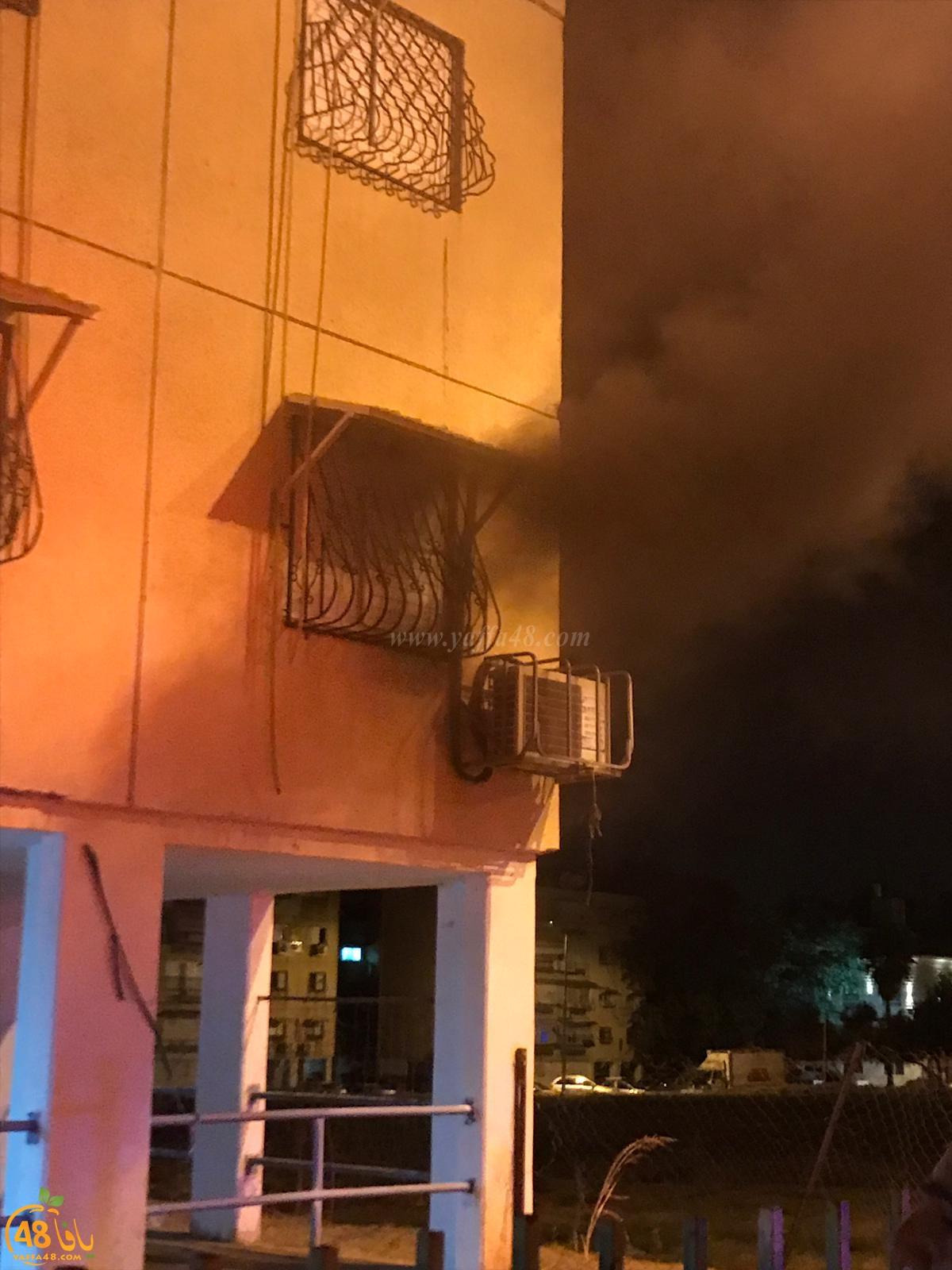 الرملة: إصابة عدد من الأشخاص بالاختناق اثر حريق في عمارة سكنية
