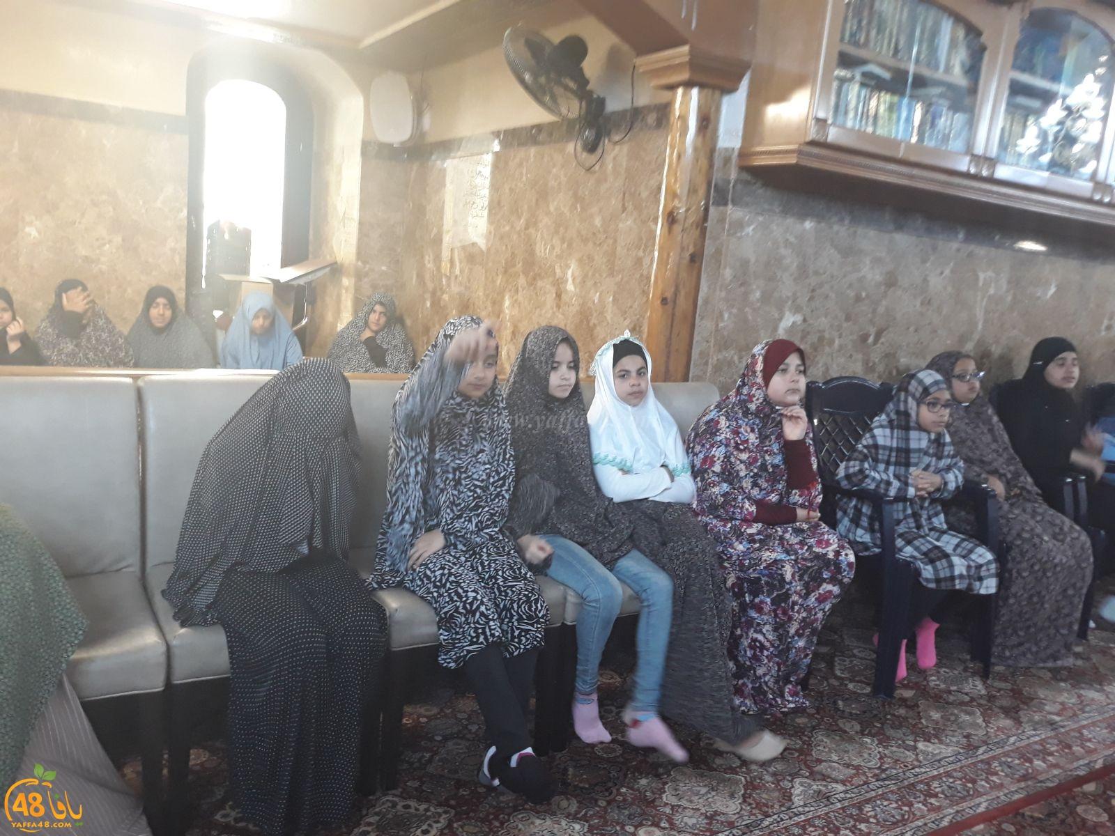 طلاب مدرسة حسن عرفة في زيارة لمسجد المحمودية