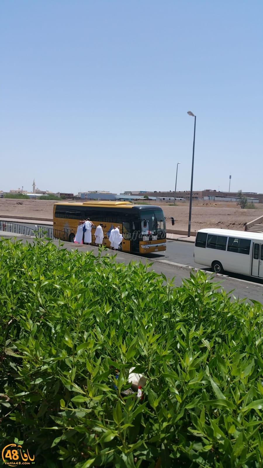 معتمرو شهر رمضان من مدينة اللد يصلون الى مكة المكرّمة