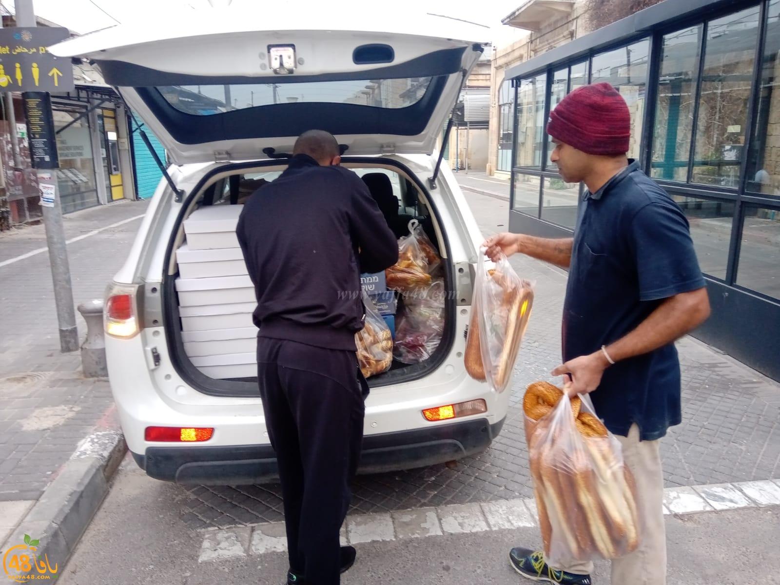 مجموعة عطاء بلا حدود تُوزع وجبات غذائية على العائلات المستورة