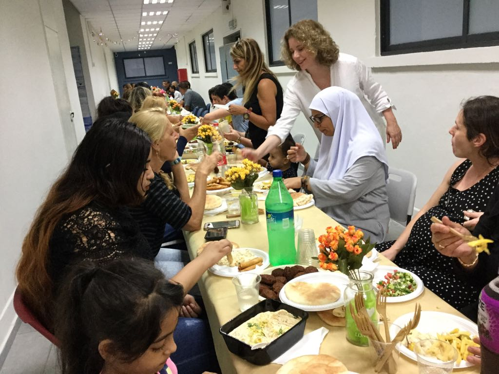 افطار جماعي وتوزيع شهادات في مدرسة عمال 1 التكنولوجية