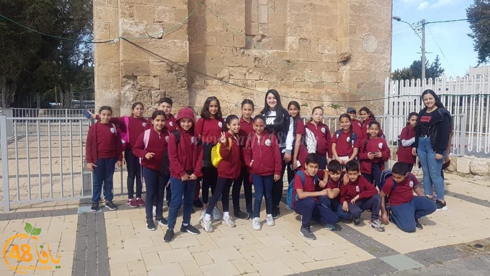 بالصور: مدرسة تيراسنطا بالرملة تُنظم جولة للطلاب في معالم المدينة