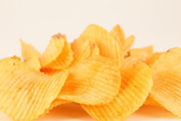 أيا قولولي تراش و خاصة الإناث 0pack-of-chips-food-