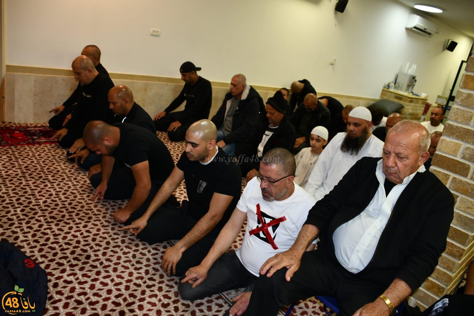 فيديو وصور: شعائر صلاتي العشاء والتراويح من مسجد محمّد الفاتح بيافا