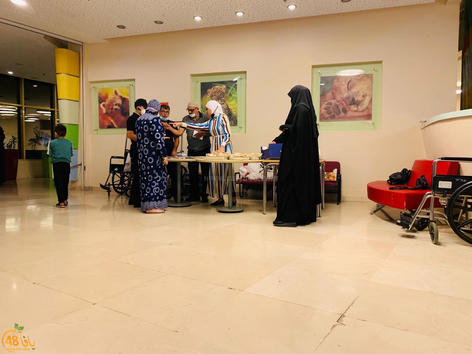 وفد من اللد في زيارة للأطفال المرضى في مستشفى تل هشومير