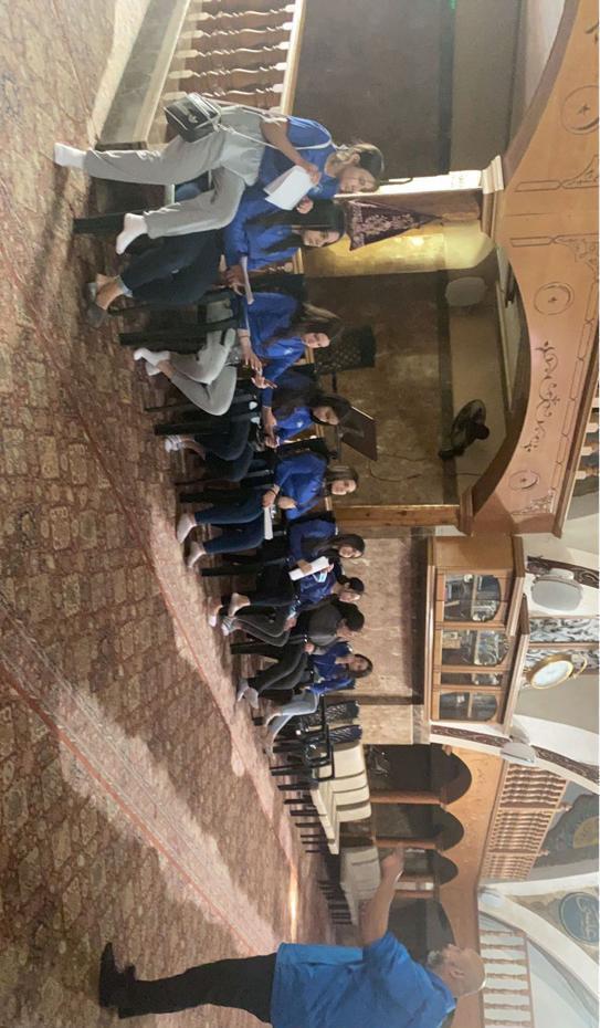 طلاب مدرسة أجيال الثانوية في زيارة لعدد من المواقع التاريخية اليافاوية