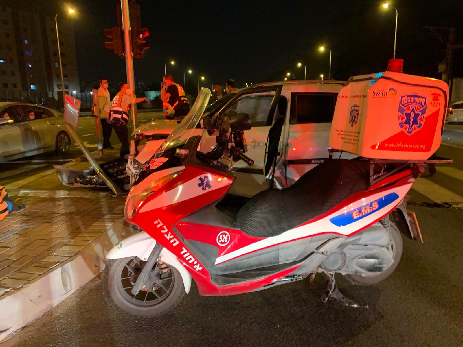 الرملة: حادث طرق بين مركبتين يُسفر عن اصابة 3 أشخاص