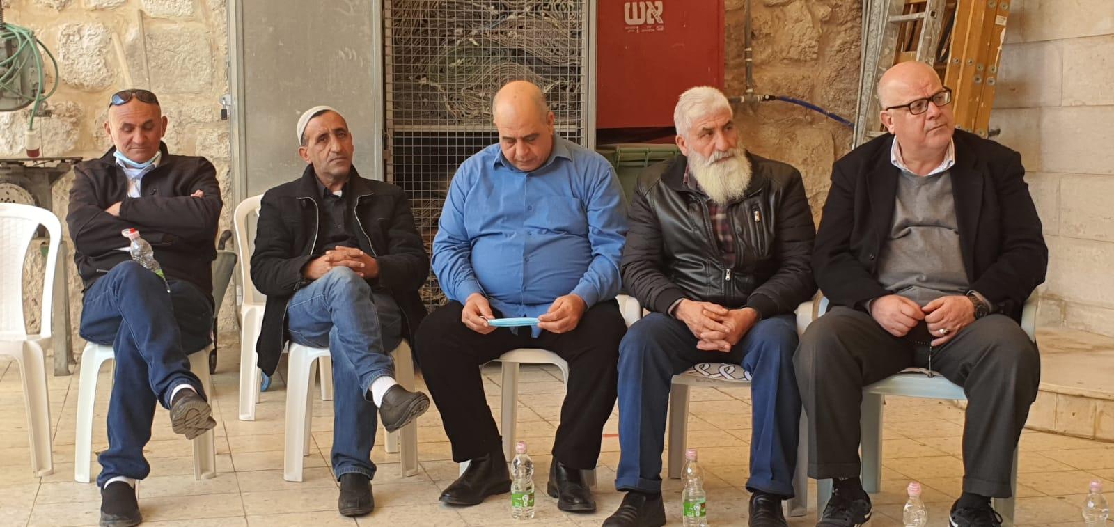فيديو للاجتماع الطارئ الذي عُقد في مدينة اللد بمشاركة شخصيات قيادية